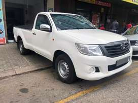 Toyota hilux 2.5 VVTi 2014 model for SELL