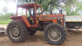 Massey Ferguson 2640 4x4 and Ford 6600