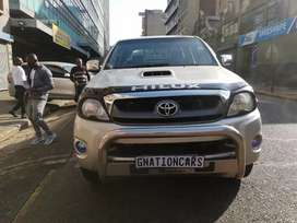 Toyota Hilux 3.0 D4D 4x4 Automatic 2011 for Sell
