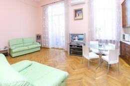 Своя 2-ком квартира на Майдане в центре Киева для аренды посуточно#204