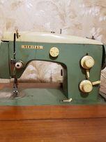 Швейная машинка ножная электрическая Веритас
