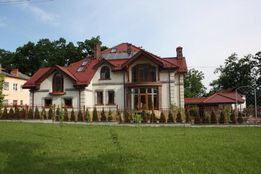 Продаж будинок 705 кв.м. м.Моршин