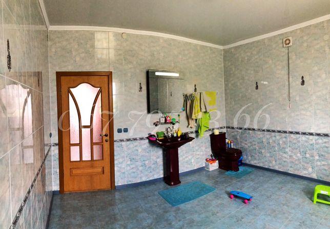 ЦЕНТР!!! КИРПИЧНЫЙ дом 160 м2 с ГАРАЖОМ и МЕБЕЛЬЮ на 8,5 сотках земли Борисполь - изображение 10