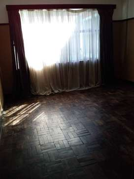 1 bedroom for rent available