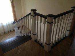 Все для лестницы из дерева Балясины перила столбы ступени