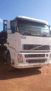 Image of Bulk deal for 4 Volvos and trailers