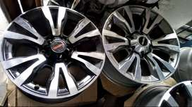 """18"""" Isuzu X-Rider and D-Max mags for R7000 per set of 4."""