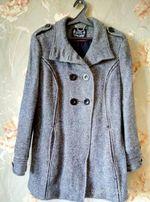 Пальто фирмы Аtmosphere размера 50/52 или 16, вискоза/шерсть