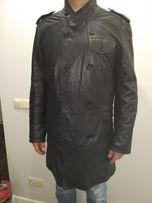 мужское кожаное пальто/плащ на синтепоне