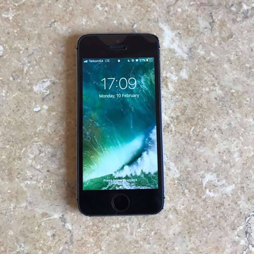 iPhone 5s 16gb for sale 0