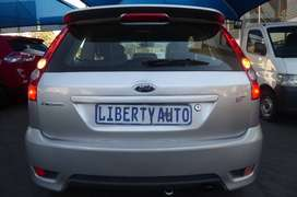 Ford Fiesta Petrol (2007)  ST 3-Doors Hatch 2.0 Manual Transmission