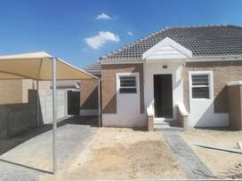 DO NOT MISS OUT ! 3 BEDROOM HOUSES IN KLAPMUTS-  Pinotage Villas