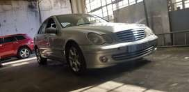 PRICE DROP!!!Mercedes C180 Auto * SALE* dont miss it at this price!!!