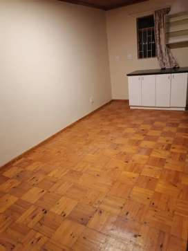 SINGLE BEDROOM TO LET