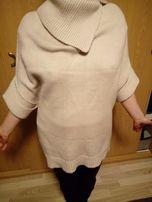 Sweter-ponczo, kolor beżowy, wełna z marynosa...