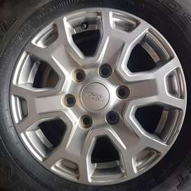 original mags and Tyrese for Ford ranger 4X4