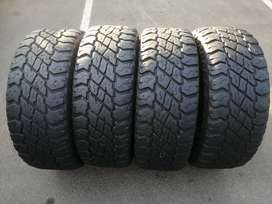 265 65 R17 Cooper Discoverer S/T Maxx 120/117Q Tyres
