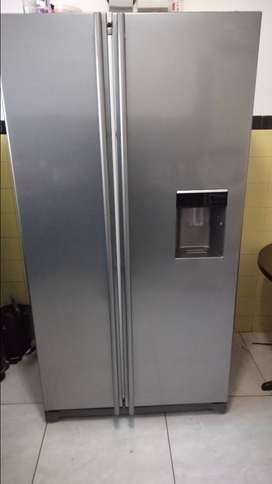 Samsung Side by Side Double doors fridge freezer