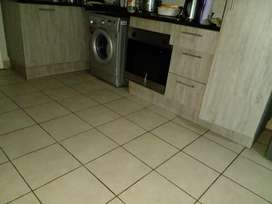 Room availabe in furnished flat