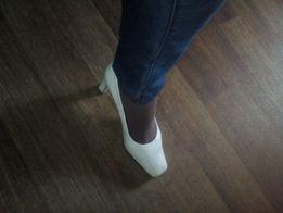 Продам женские туфли р,39-40