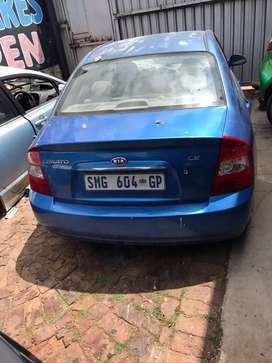 Kia sorento stripping for spare parts