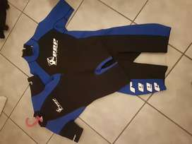 Reef wet suits