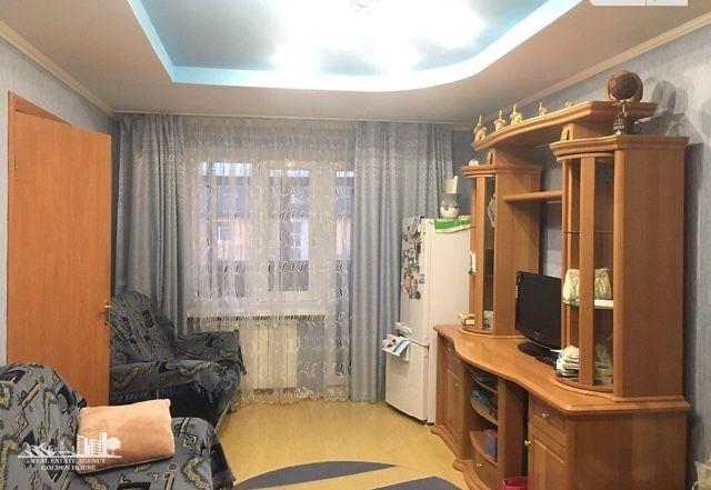 продам 2-ух комнатную квартиру район центральный рынок