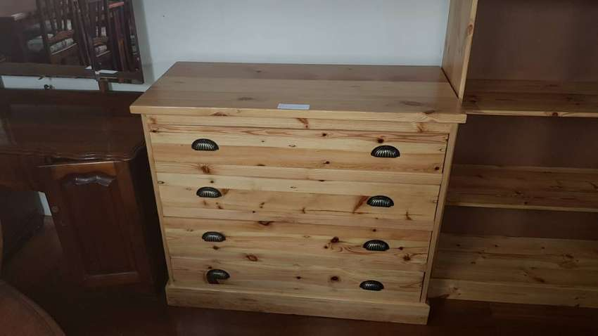 Oregon 4-drawer Chest 0