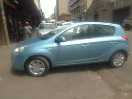Hyundai i20 2011 model available now for sale in perfect condition