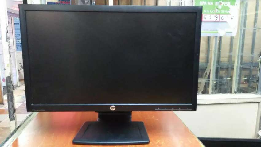 Hp 24 inches wide stretch full hd monitor 0