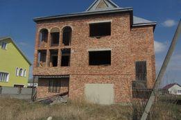 Будинок новобудова 40 км від м. Івано-Франківська смт. Брошнів