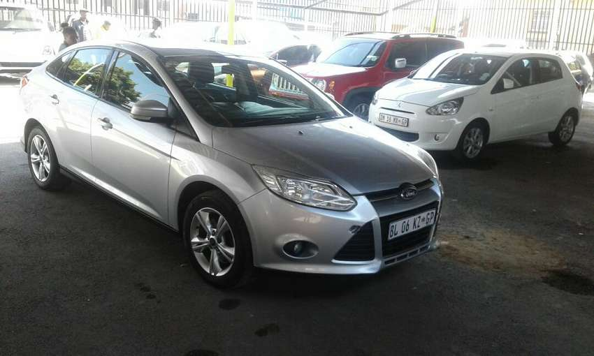 Ford Focus 2.0 sedan Automatic for sale 0