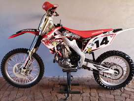Honda crf450 fuelinjected