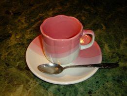 Кофейный набор на 6 персон (6 чашек, 6 блюдец, 6 ложечек).