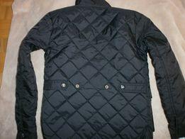 kurtka pikowana czarna r122/128 6-7 lat