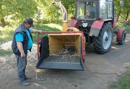 Щепобойка Дробилка дерева Щепорез Измельчитель веток на трактор Канада