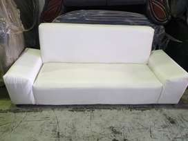 White PU-leather  Lounge suite  2-Seater