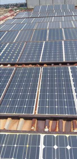 Monocristal solar panels 100w only used for 18 months