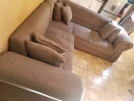L  couches