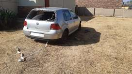 VW GOLF 4 1.6I Stripping