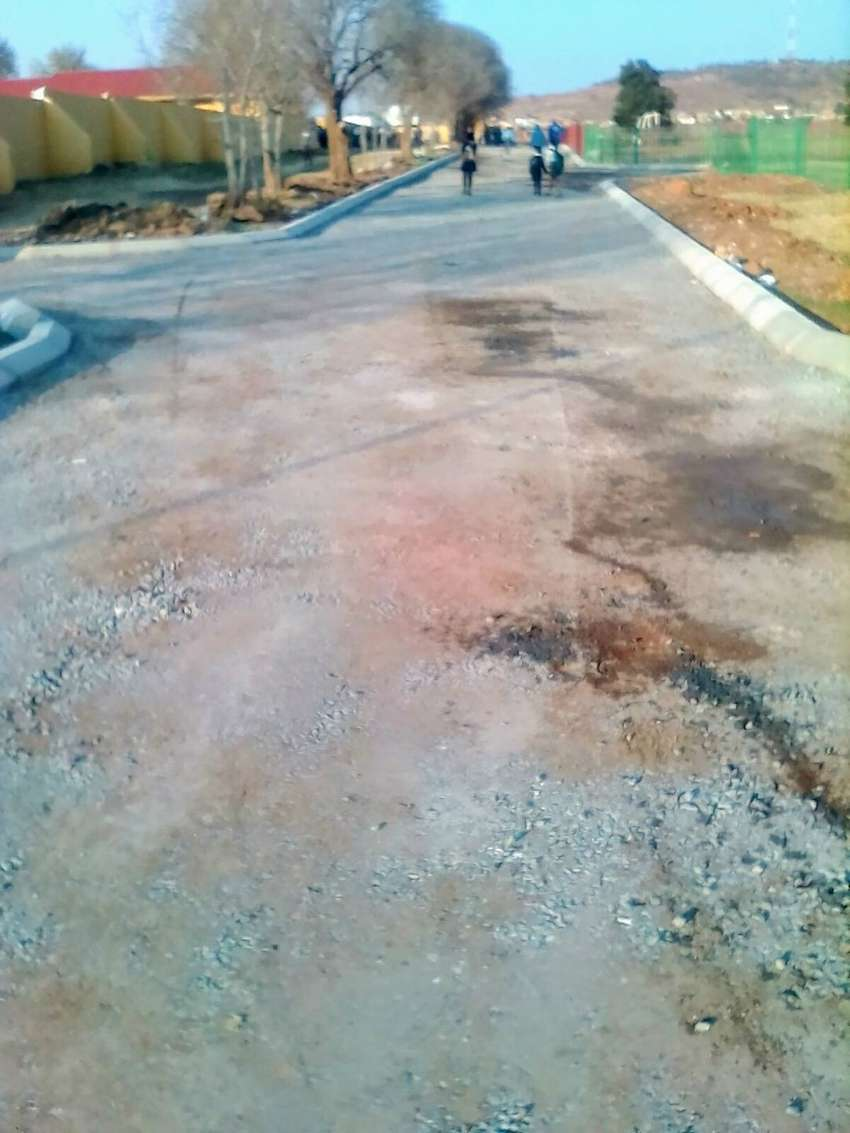 Tar surface and paving 0