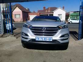 2016 Hyundai Tucson 2.0 with a service book and spare key