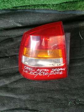 Opel Astra sedan L/R tail light