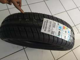 One tyre size 175/70R14 price R700 good year