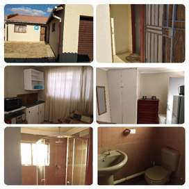 Room 2 rent. Built-in wardrobe and sink. Shared bathroom with shower.