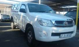 2009 toyota Hilux 2.5 SRX diesel single cab manual with canopy