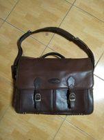 Кожанный портфель фирмы CUGATTI