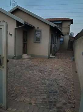 Room for rent Protea north