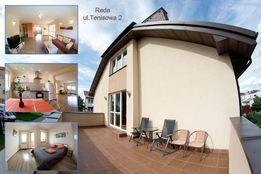 Apartament Reda , wysoki standard, kort tenisowy, parking