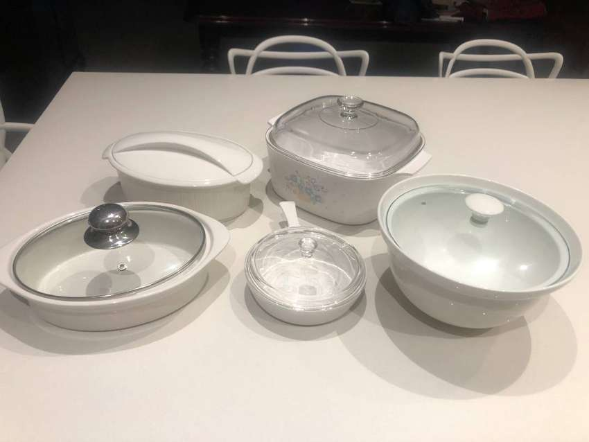 Serving Dishes for sale 0